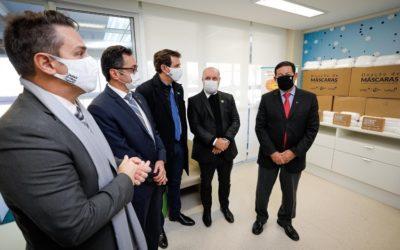 Grupo CMPC doa 600 mil máscaras cirúrgicas ao Ministério da Saúde